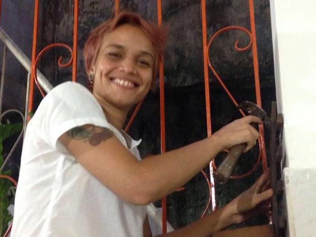 Empresária na BA oferece consertos domésticos exclusivos para mulheres
