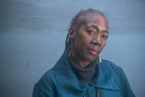 Racismo: a máquina de matar  e encarcerar negros - Deborah Small