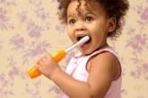 Médicos estão alertando para todos os pais do mundo guardarem os dentes de leite das crianças