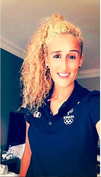 Kheira Hamraoui cabelo