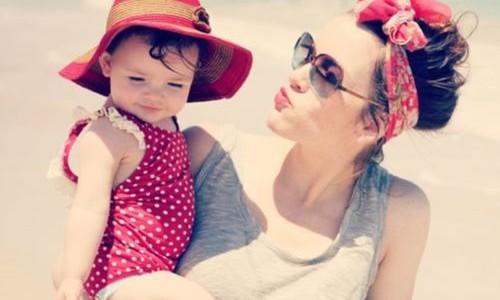 Feio não é ser mãe solteira. Feio é ser pai quando convém