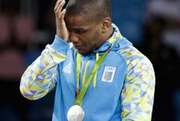 """Ucraniano, negro e medalhista olímpico: """"Há racismo em todo lugar"""""""
