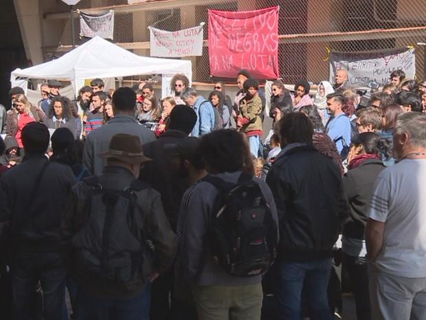 Após protestos, UFRGS descarta alteração em sistema de cotas