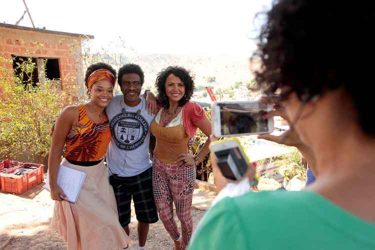 Jeferson De filma na Zona da Mata mineira sobre dificuldade de ser negro no Brasil