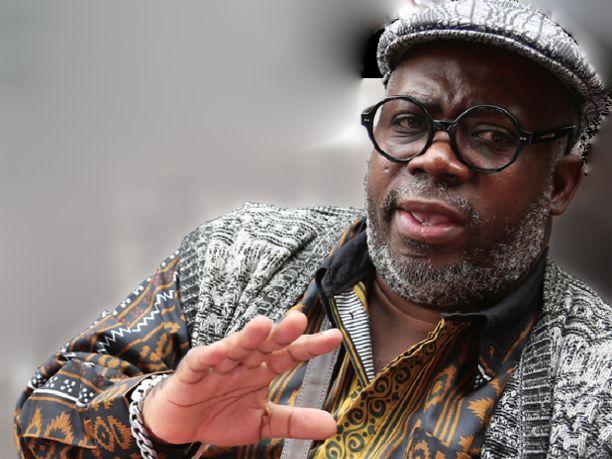 Lopito Feijóo fala sobre literatura africana na casa de cultura do Campo Limpo dia 22/09