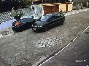 Sargento é preso após tentar estuprar menina e ser 'dedurado' pela esposa