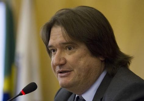 Pedro Serrano: Ao manter os direitos políticos de Dilma, o Senado passou atestado de que houve golpe