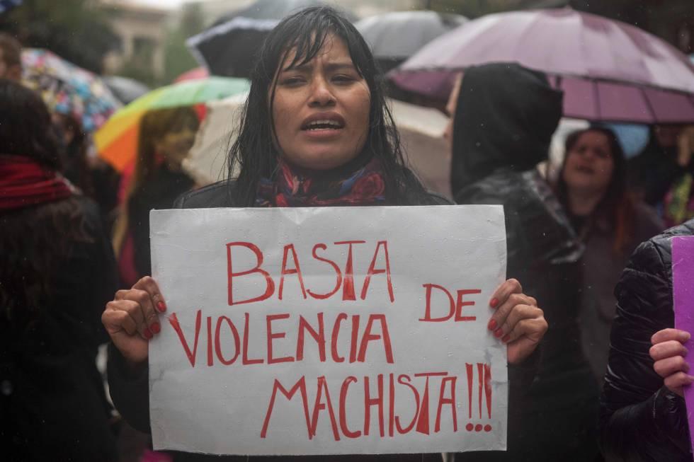 Tanto Brasil quanto Argentina têm leis contra o feminicídio, mas isso não basta
