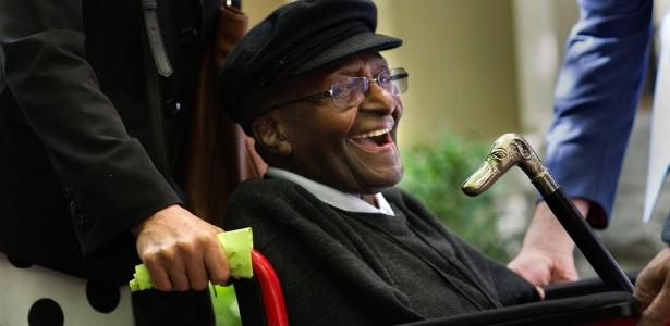 Por que o arcebispo Desmond Tutu luta pelo