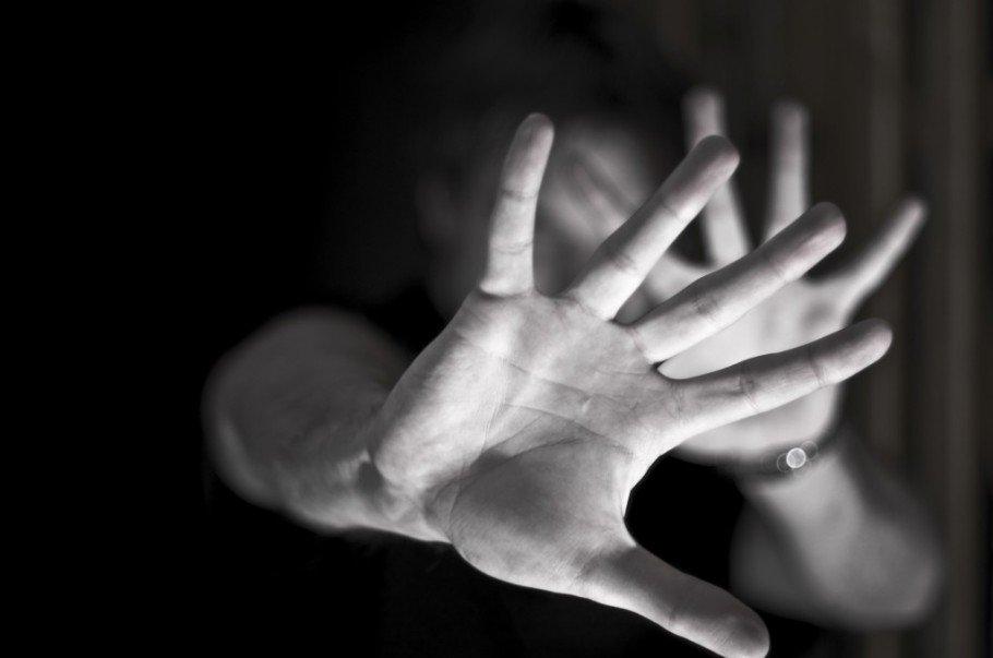 Vítima de estupro se diz constrangida com boletim de ocorrência