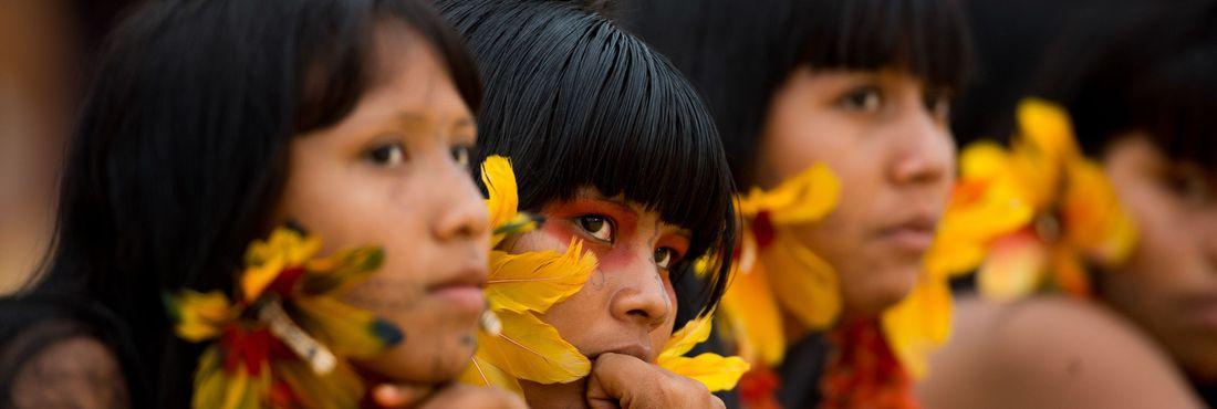 PALMAS (TO)- Índios acompanham as competições no segundo dia dos Jogos Mundiais dos Povos Indígenas. (Marcelo Camargo/Agência Brasil)