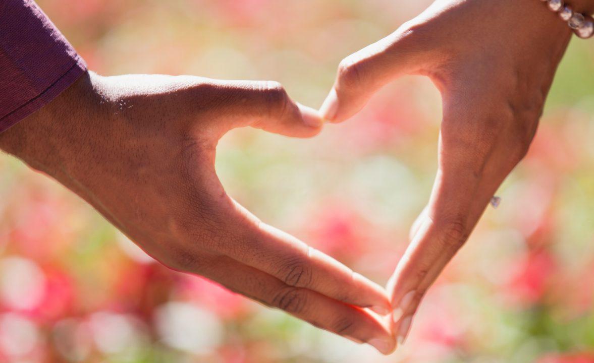 Casamentos homoafetivos sobem 6 vezes mais do que de héteros