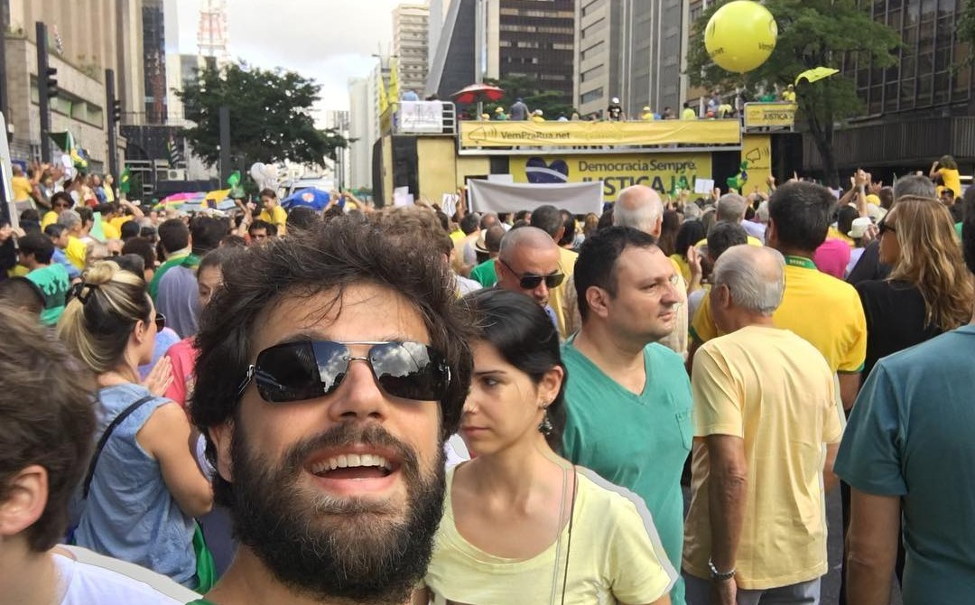 Filho da Leda Nagle, que pediu Fora Dilma, agora pede volta da mãe pra TV Brasil