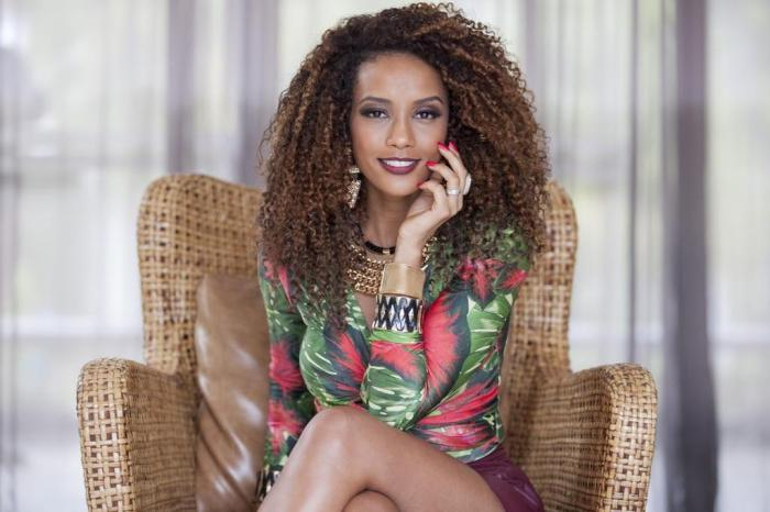 Afro-Brazilian Actress Taunted by Fellow Brazilians on Facebook After Revealing Her Natural Hair
