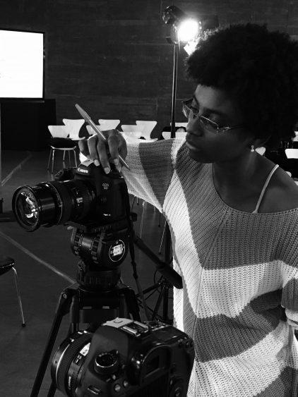 """""""Não dá para equiparar a experiência de ser mulher negra no Brasil e de ser branca"""""""