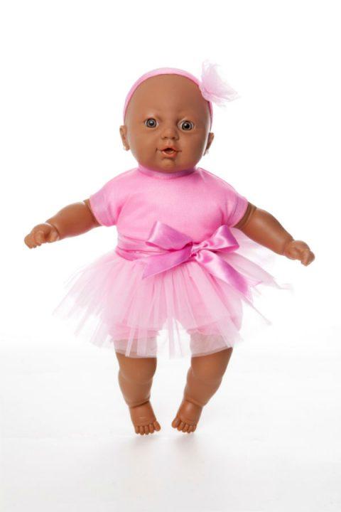 adunni-1-boneca