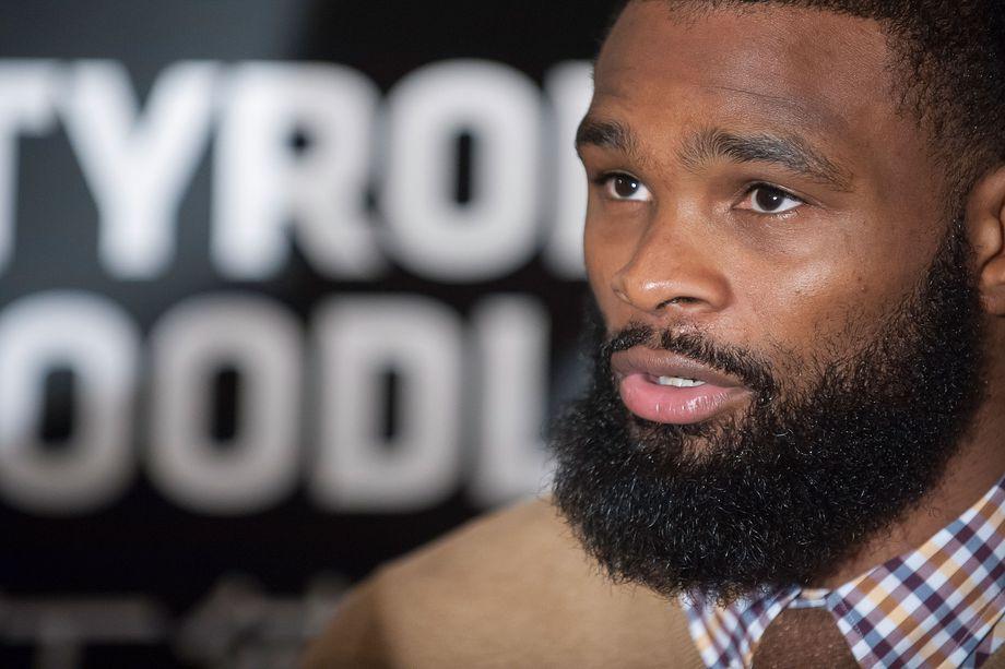 """Woodley volta a reclamar de racismo no esporte: """"Não se trata de preto e branco"""""""