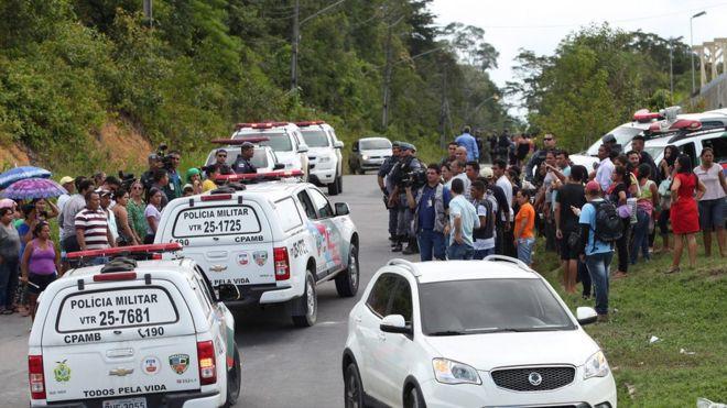 'É uma fábrica de tortura, que produz violência e cria monstros', diz padre que visitou presídio em Manaus