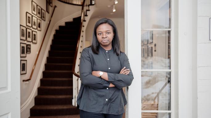 Filha de nigerianos é a primeira presidente negra do Jornal de Direito de Harvard