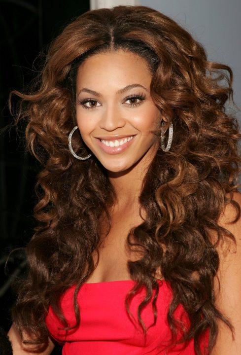Beyoncé vai continuar a falar nos direitos humanos dos Negros
