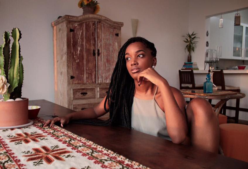 Iza fala sobre representatividade da mulher negra na mídia durante entrevista