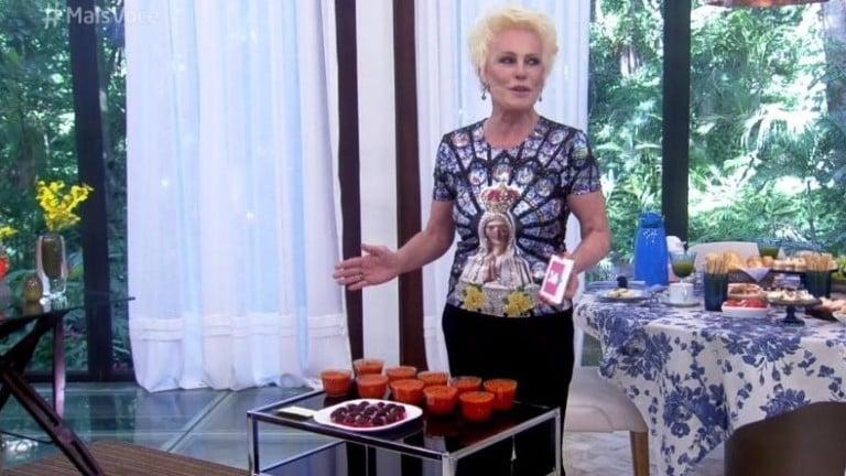Ana Maria ganha doces de Taís e diz: