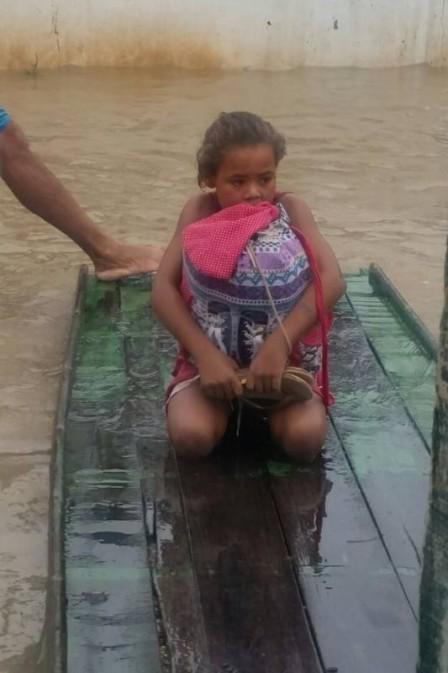 A meritocracia no país de Michelzinho e Rivânia, a menina que salvou livros da cheia em PE. Por Carlos Fernandes