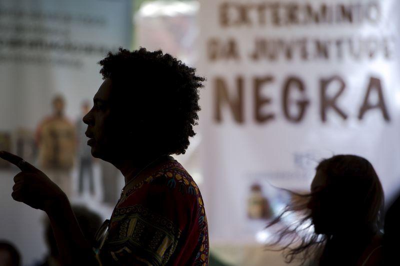 """Porto Alegre - Debate com o tema """"Direitos Humanos e Saúde Mental"""", durante o Fórum Social Temático, em Porto Alegre (Marcelo Camargo/Agência Brasil)"""