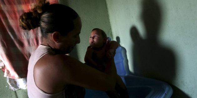 O vírus Zika não desapareceu da vida das mulheres. Foi apenas silenciado