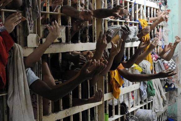 Aumento do encarceramento feminino revela racismo estrutural nas prisões
