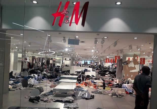 H&M fecha temporariamente lojas na África do Sul após protestos por racismo