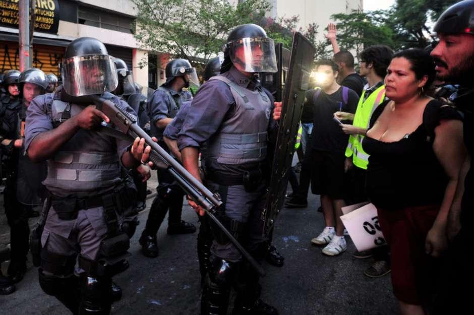 A violência policial e os suspeitos do costume