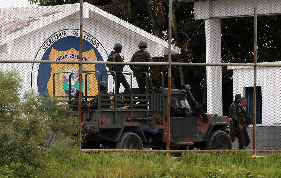 Entidades de direitos humanos vão à OEA contra intervenção no Rio