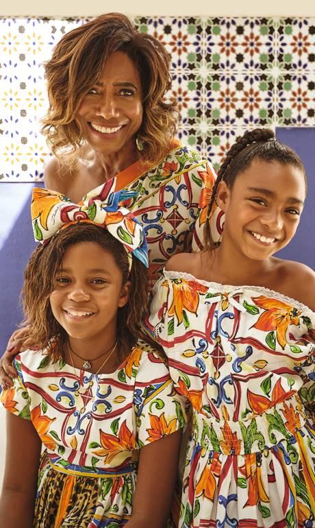 Glória, Laura e Maria vestem Dolce & Gabbana - João Arraes