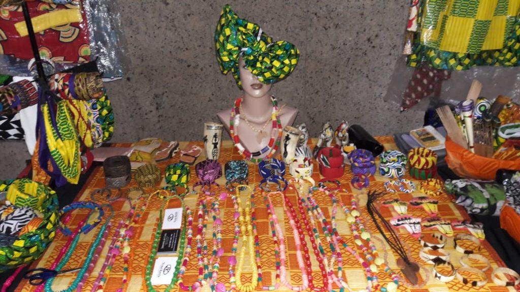 Moda africana, artesanato, acessórios e comida típica são destaques na Expoafro 2018
