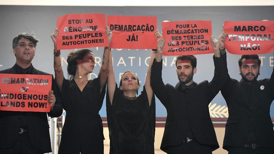 Cannes tem protesto no tapete vermelho contra o
