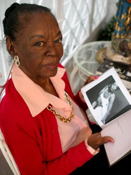 Atriz negra e pioneira, Ruth de Souza volta à televisão aos 96 anos