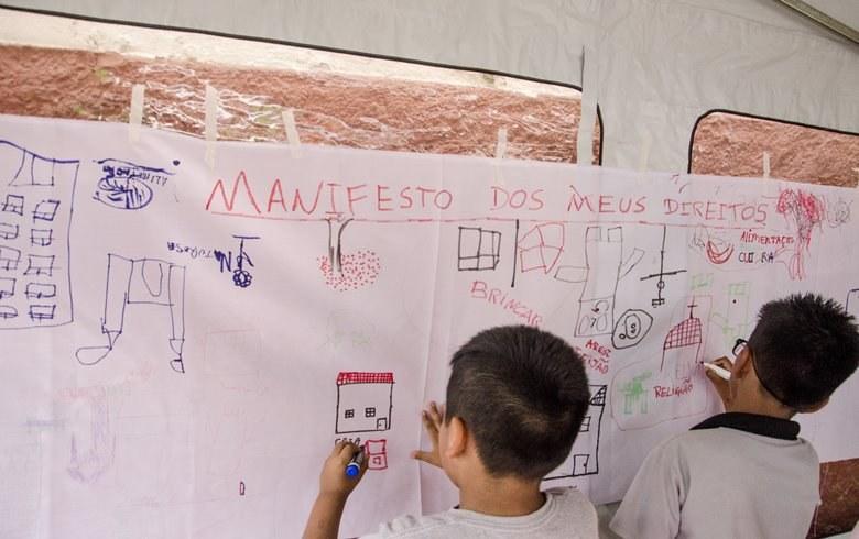 Escolas de São Paulo carecem de política pública para acolher crianças imigrantes