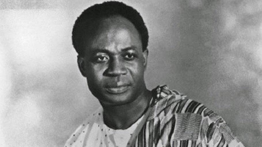 Pan-africanismo: tendências políticas, Nkrumah e a crítica do livro Na Casa De Meu Pai