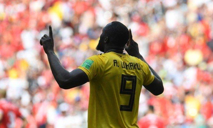 Lukaku já tem quatro gols em dois jogos na Copa - PATRIK STOLLARZ / AFP