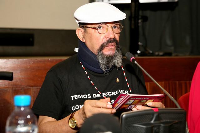 """Escritor angolano Manuel Rui Monteiro lança """"Kalunga"""""""