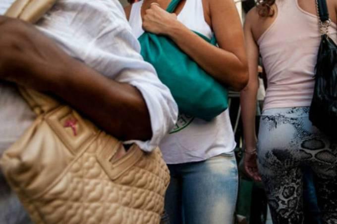 Mulheres e meninas são as principais vítimas de tráfico humano