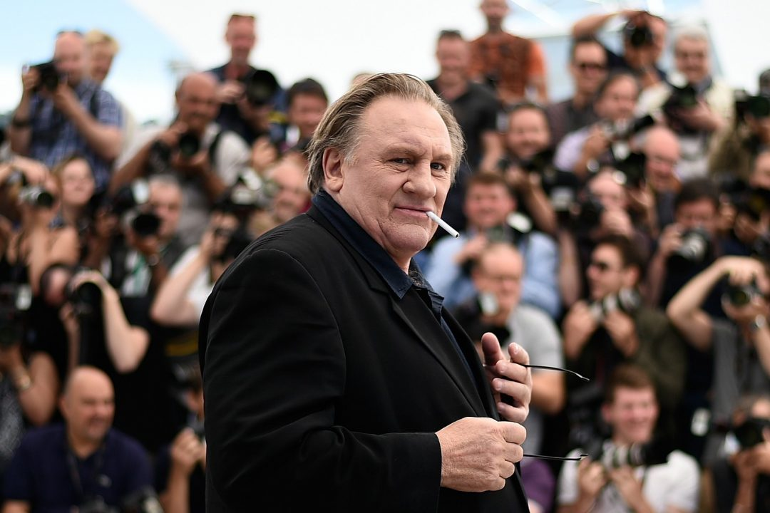 O ator francês Gerard Depardieu posa durante Festival de Cannes de 2015 (Foto: LOIC VENANCE / AFP)