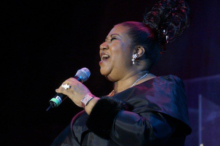 Aretha Franklin está gravemente doente e família pede orações