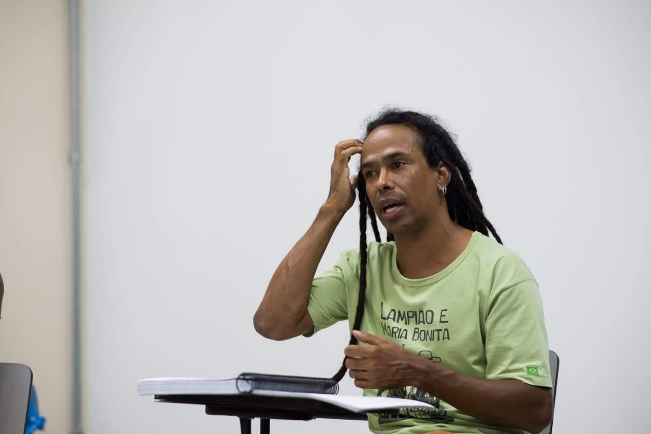 Palestra sobre a formação do Estado brasileiro na faculdade de medicina da UFMG, para o Grupo de Estudos Negritude e Interseccionalidade – GENI