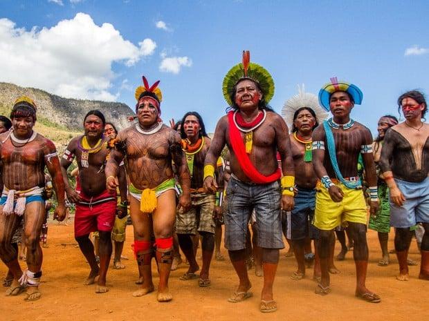 A emergência da esquerda indígena contra o fascismo