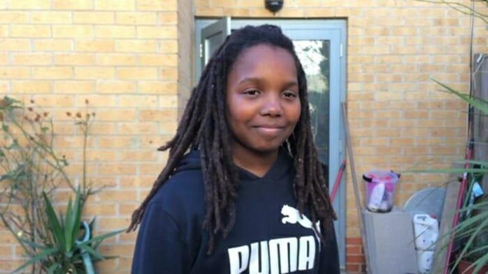 Justiça condena escola que impediu garoto de dreads de assistir aulas