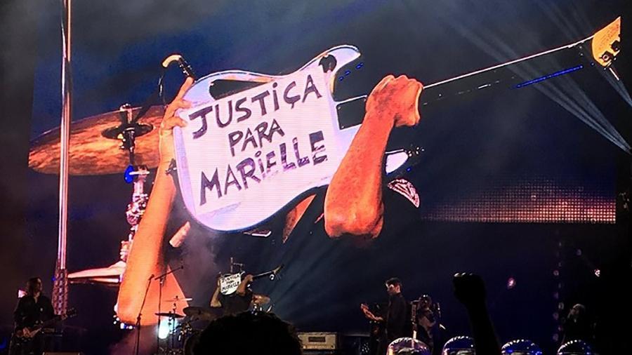 Tom Morello volta ao Brasil e pede justiça para Marielle