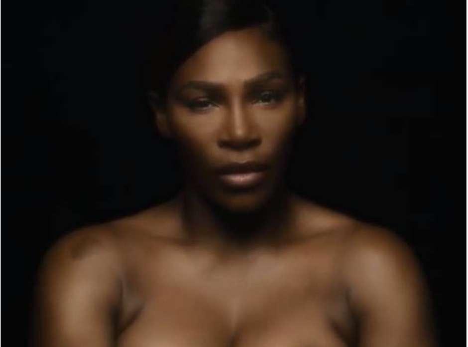Serena Williams canta em campanha contra câncer de mama