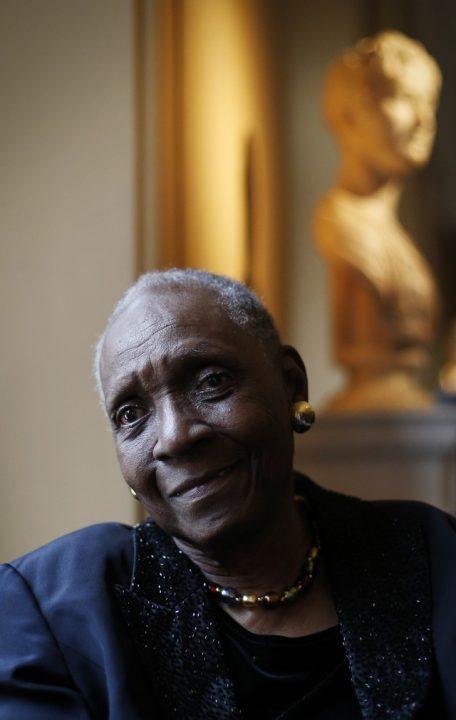 Maryse Condé, autora de 'Segu', vence 'Nobel alternativo' de literatura
